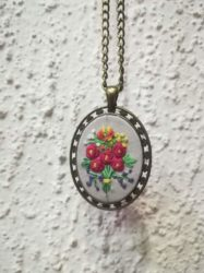 Embroidery necklace, N2