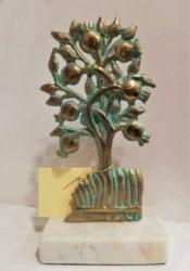 Statue Pomogranate tree