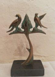 Statue Birds